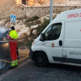 Servicios Municipales y Playas - Limpieza contenedores