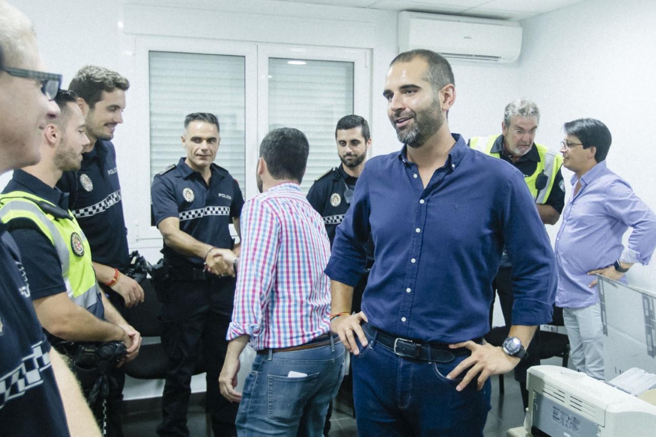El alcalde destaca la labor desarrollada por los cuerpos de seguridad y servicios de emergencia, velando por la seguridad de la Feria de Almería