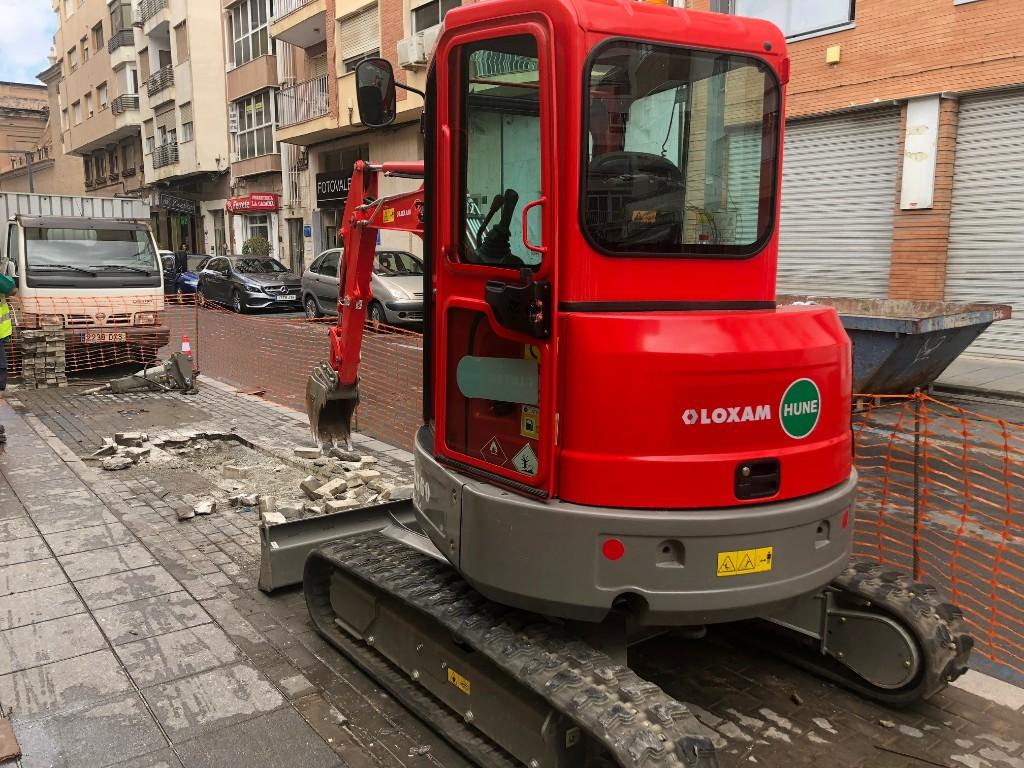 El Ayuntamiento inicia las obras de instalación de contenedores soterrados en Plaza San Pedro, Santos Zárate y Alcalde Muñoz