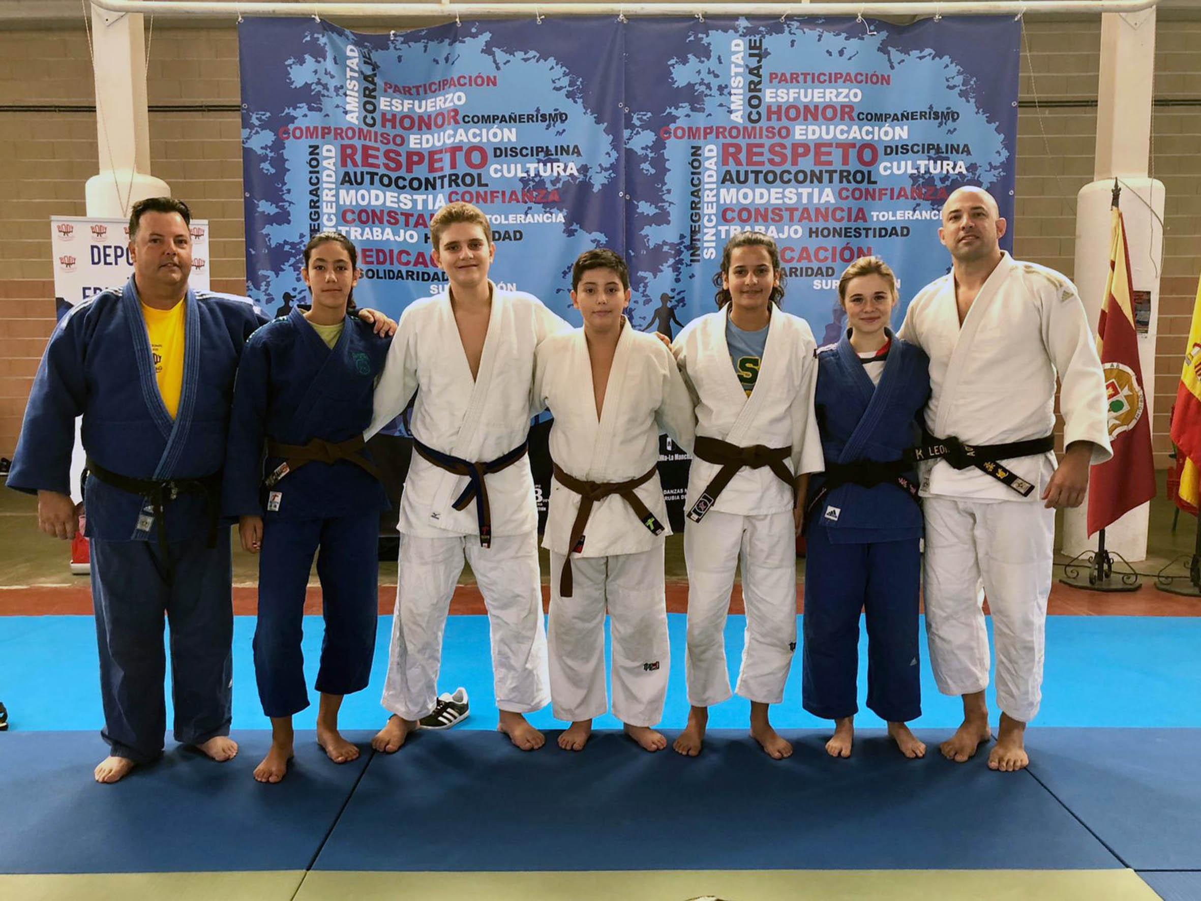 Cinco judocas de la EDM Alianza KSV participan en una concentración internacional en Toledo