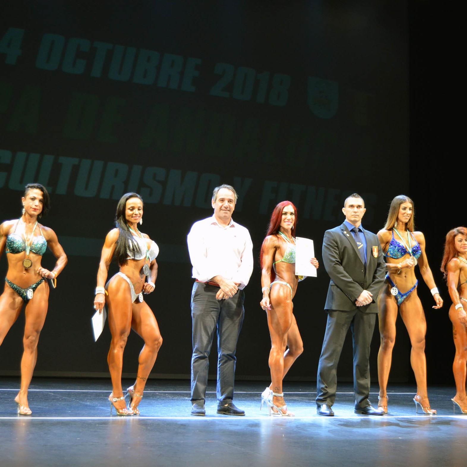 Más de 150 deportistas participan en la Copa de Andalucía de Fisioculturismo en Almería