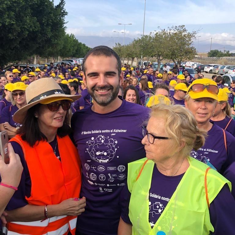 Más de 800 personas se congregan en la IV Marcha Solidaria contra el alzheimer