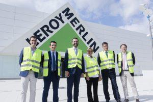 El alcalde destaca la creación de 215 puestos de trabajo con la puesta en marcha de las nuevas instalaciones de Leroy Merlin en Almería