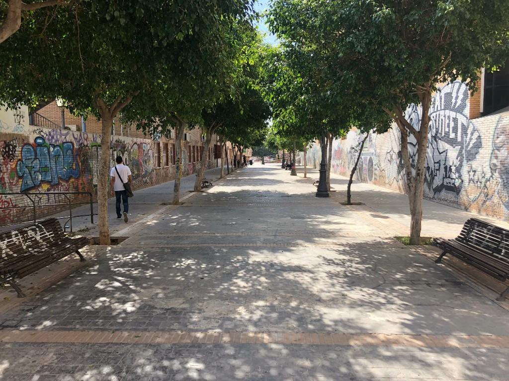 Seis empresas optan a realizar las obras de adecuación y mejora de la calle Guadarrama, junto al Conservatorio de Música