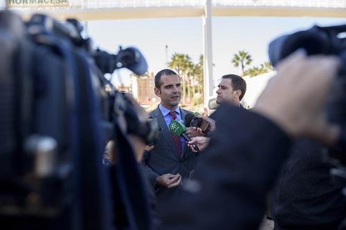 """El alcalde califica de """"muy grave"""" la detención de un policía local y se pone a disposición de las investigaciones y de los perjudicados"""