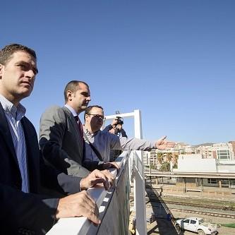 El Ayuntamiento prevé concluir las obras de urbanización y ampliación de la Carretera Sierra Alhamilla a finales de año