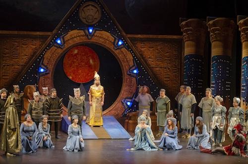 La pasión por la ópera llena el Auditorio Maestro Padilla en una ...