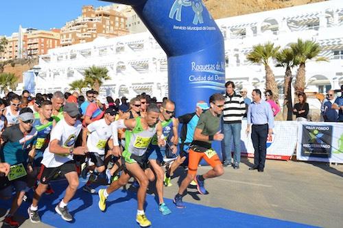 Un millar de atletas disfrutan con la carrera y el paisaje en el V Gran Fondo Mediterráneo