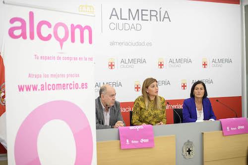 Ayuntamiento y Cámara reparten 700 cupones de descuento con la plataforma comercial online ALCOM