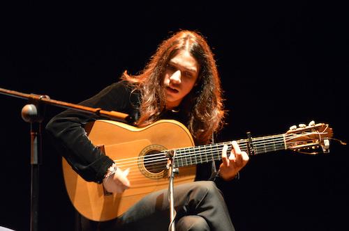 El flamenco y el virtuosismo a las seis cuerdas de José del Tomate tomarán el viernes el Teatro Apolo