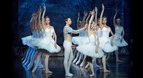 Un Auditorio con 'entradas agotadas' recibe mañana 'El Lago de los Cisnes', del Ballet Imperial Ruso