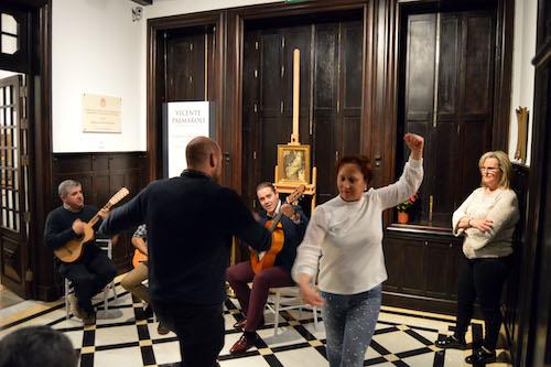 La tradición navideña de Almería llena de música y público el Museo de Arte Doña Pakyta