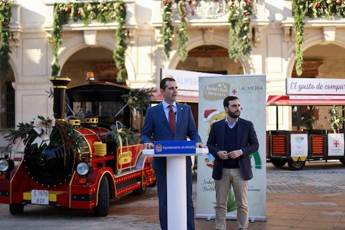 """Una programación municipal de Navidad con más de cien propuestas """"de todos y para todos"""" y con la Cabalgata de Reyes que regresa a la Plaza Vieja"""