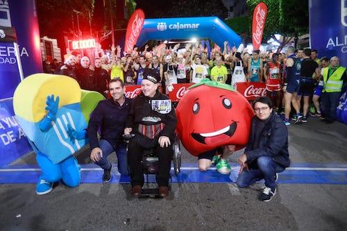 Más de 2.500 corredores disfrutan con el deporte, la gastronomía y la Navidad en la San Silvestre