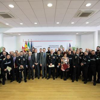 """El alcalde destaca """"el aprecio que los almerienses sienten por su Policía Local"""" y la """"prioridad"""" que supone el Cuerpo en la gestión municipal"""