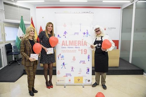"""La programación de invierno de las visitas guiadas del Ayuntamiento de Almería quiere mostrar """"una ciudad atractiva para visitar todo el año"""""""