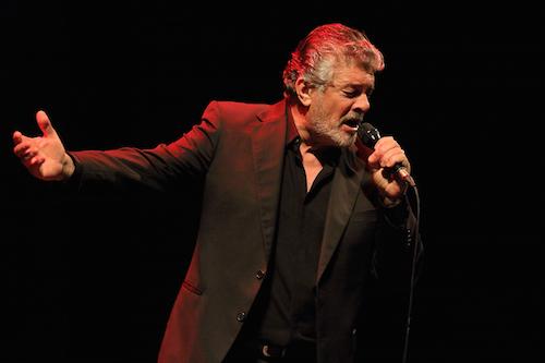 Francisco enamora al público con sus canciones y portentosa voz en el Auditorio Maestro Padilla