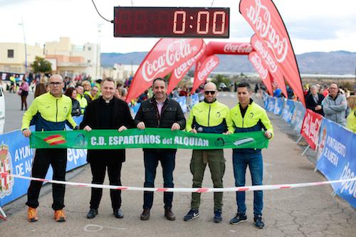 Zouhair El Janati mantiene su reinado en el running almeriense y gana la IX 'Espartanos del Alquián'