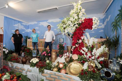 Cruz de Mayo AAVV Las Sirenas