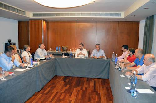 Almería reunión hoteleros turísticos