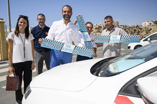 Alcalde y unión taxi Almería