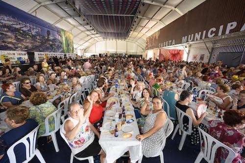 Feria Almería comida mujer