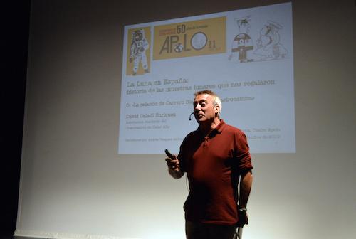 Cultura Almería conferencia luna