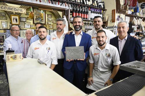 Comercio centenario Puga Almería