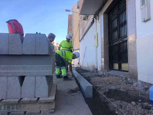Almería mejoras accesibilidad barrios