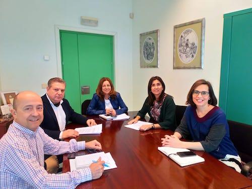 Ayuntamiento Almería Junta colegios