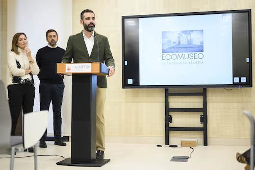 Almería presentación Museo Vega