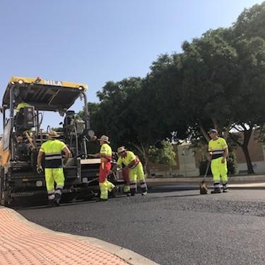 Almería mantenimiento asfaltado calles