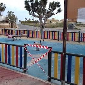 Precinto Zonas infantiles Almería