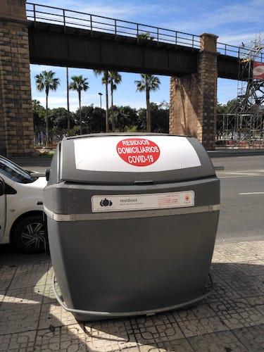 Contenedores residuos Covid Almería