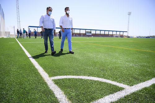 Almería deportes nuevo cesped