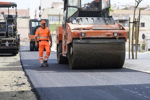 Almería asfaltado calle Pósito