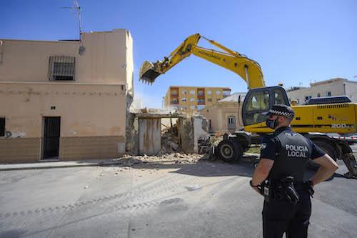 Almería urbanismo demolición viviendas