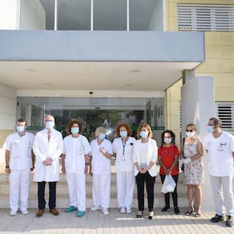 Entrega material hospital Almería