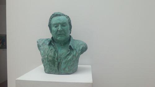 Almería promoción busto Richoly