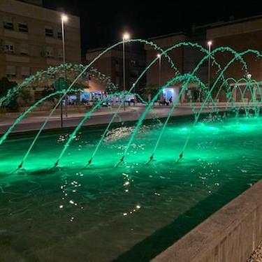 Almería iluminación fuentes solidaridad