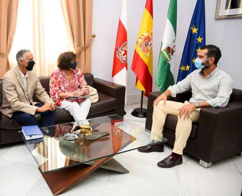 Almería Alcalde colegio veterinarios