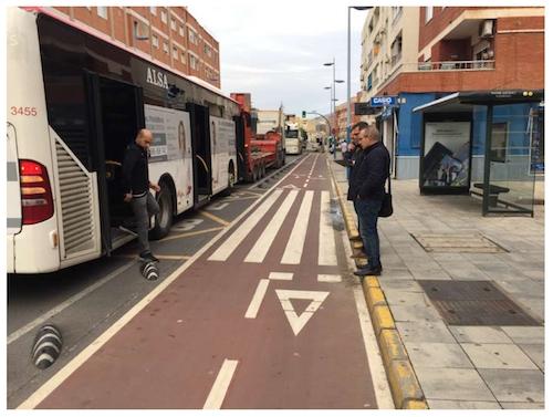 Almería mejoras paradas bus