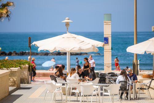 Almería hostelería terrazas playa