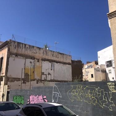 Almería solar aparcamiento centro