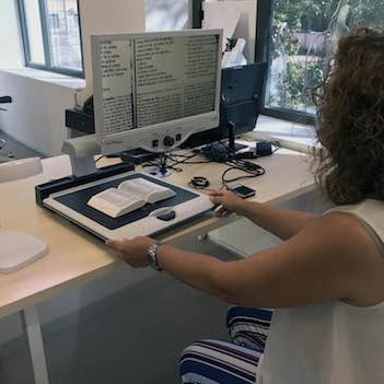 Almería medios discapacitados biblioteca