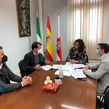 Ayuntamiento Almería mantenimiento colegios