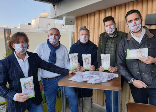 Almería recibe donación mascarillas