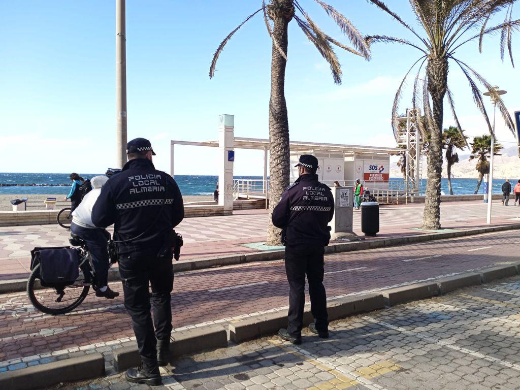 policía local Almería Covid