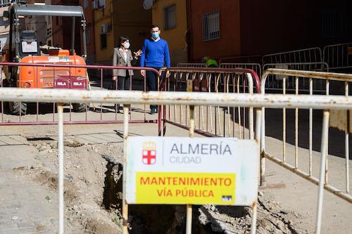Alcalde Almería visita obras
