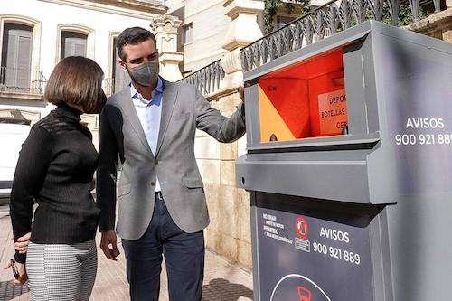 Almería rcontenedores eciclaje aceite